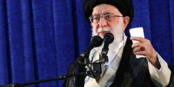 Ayatollah Khamenei invites young Arabs to stand against U.S. and Israel